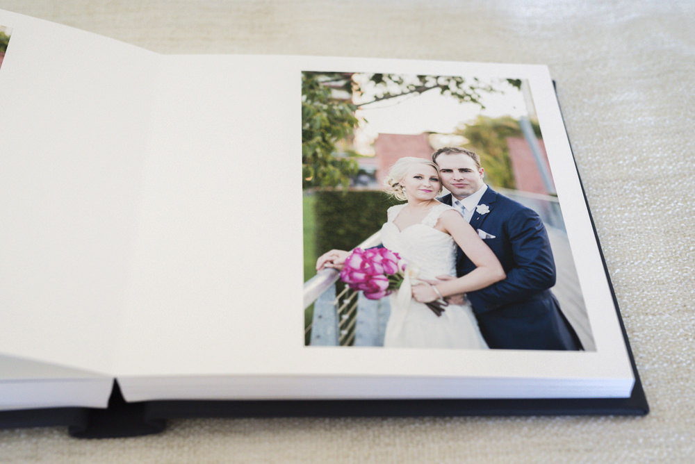 0027-Wedding-Album-Leather-Fine-Art-Embossing-photo